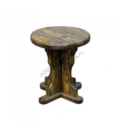 Деревянный табурет из состаренной сосны