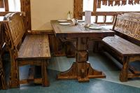 Стол под старину для кафе